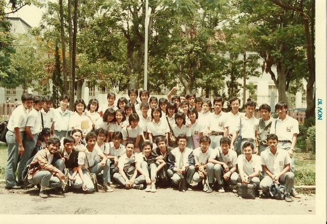 Gambar-61_Foto Bersama kelas 3A1-6 SMAN-3 Bandung_Duddy Arisandi